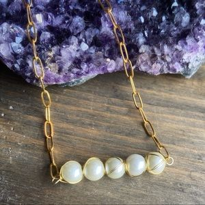WHITE PEARLS PAPERCLIP LINK NECKLACE